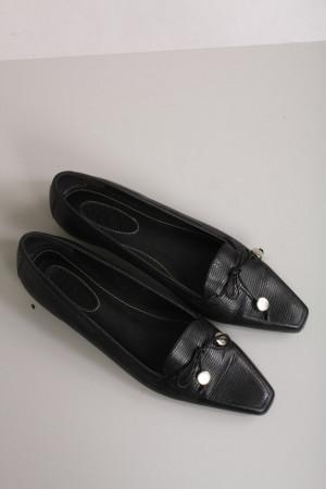 Ralph Lauren, låga svarta läderskor slip-in skor, stl 40
